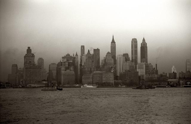 NYC_skyline_Dec_1941