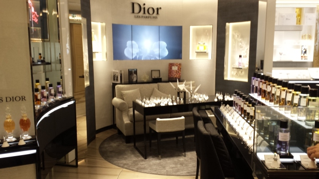 Dior[1]